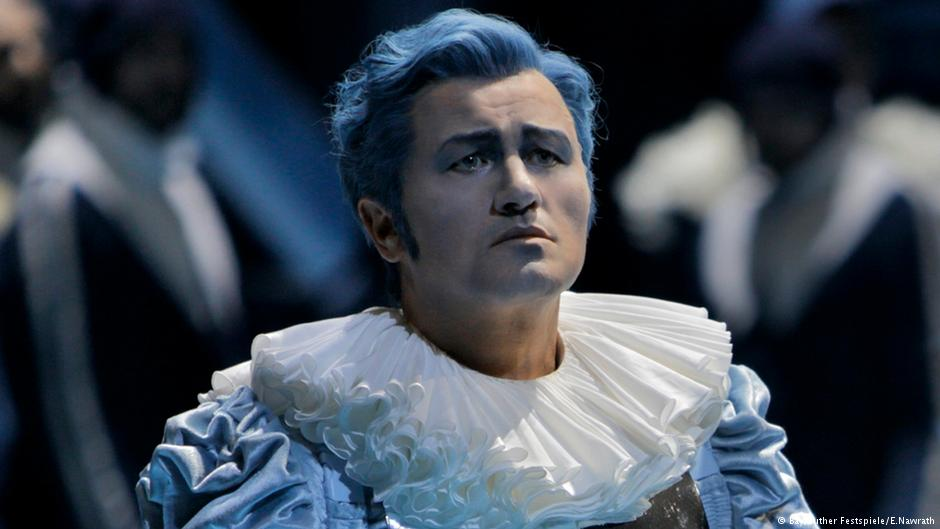 Piotr Beczala as Lohengrin - photo Bayreuther Festspiele-Enrico Nawrath